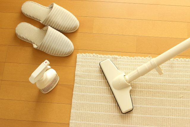 家庭でできるアレルギー予防対策その1つが徹底した掃除です。