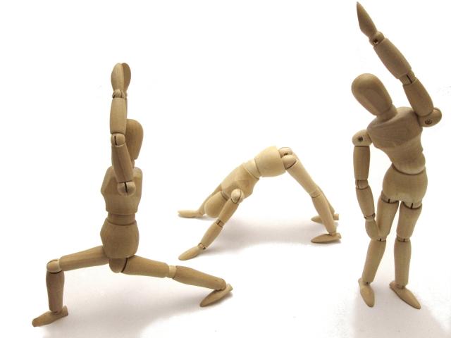 バランス運動をしている人の画像